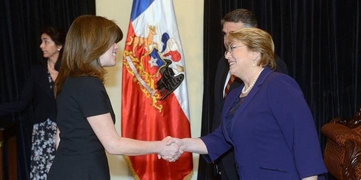 Embajadora-de-Croacia-con-la-presidenta-de-Chile