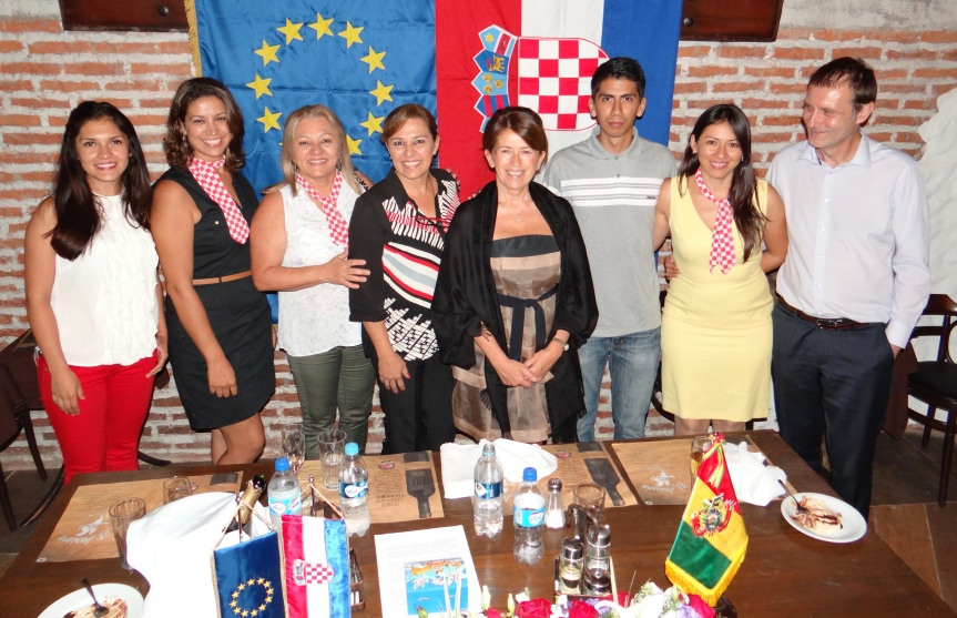 Embajadora Malenica: 25 aniversario de la declaracion de estado independiente deCroacia